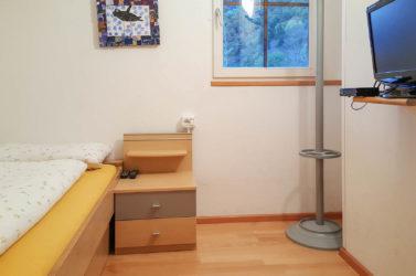 Camera da letto nell'appartamento Ovest 2 al maso Koflerhof