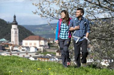Wandern im Frühling in Südtirol